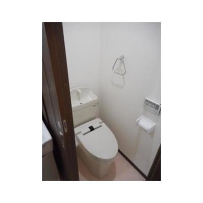 ルミエール エタンセル ドゥーのトイレ