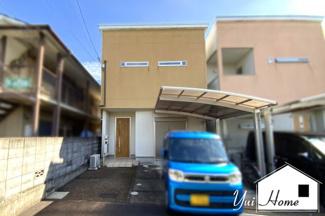 平成20年5月築の4LDKは、近鉄『大久保駅』徒歩10分が最寄り駅で便利!京都駅まで急行で18分!また、駐車2台可能ですのでご夫婦で車があるご家庭は助かりますね。