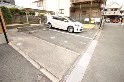 【駐車場】カトル・セゾン