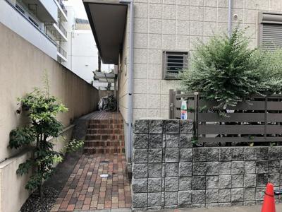 【エントランス】シャイントラスト笹塚