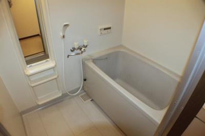 【浴室】レオン友田