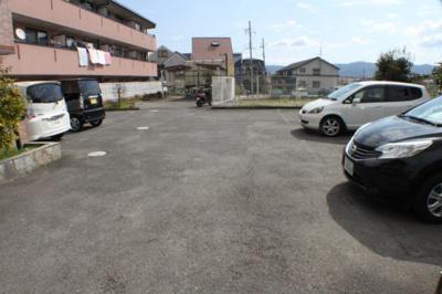 【駐車場】レオン友田(事務所)