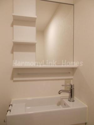 ネオス中板橋の朝の身支度には欠かせない独立洗面化粧台