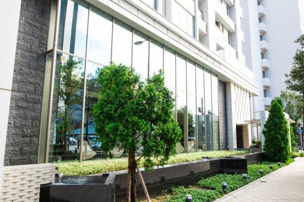 1階にはグリーンが多く、都会にいながらも癒されます。