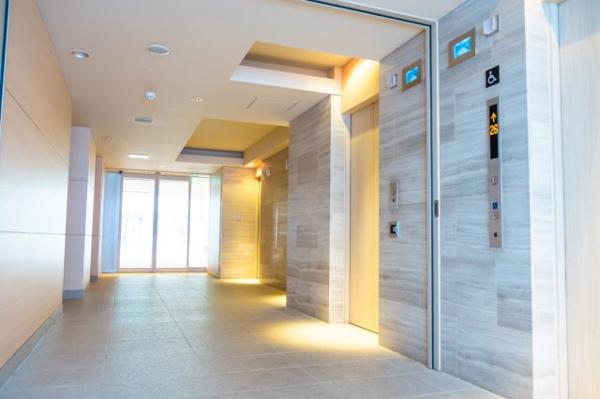 エレベーター 台数が多く、朝の混雑も軽減できます。