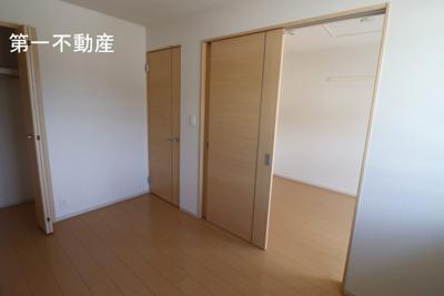 【洋室】アンソレイユ2