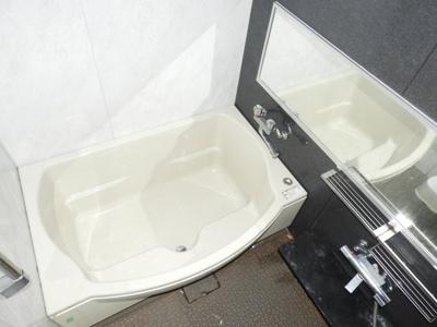 【浴室】ルラーシェNamba