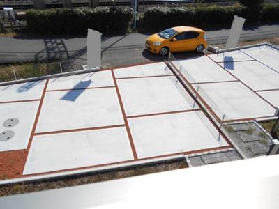 車をお持ちの方に嬉しい駐車場付きの物件です。2390から2290万円に価格変更。
