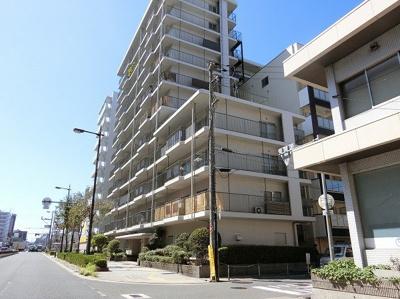 【現地写真】  総戸数66戸のマンションです♪