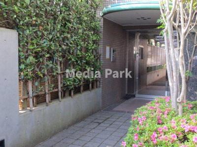 【エントランス】ガーデンハイム6