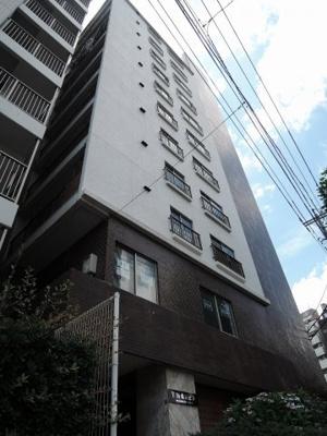 JR・私鉄各線「横浜」駅徒歩10分、横浜市営地下鉄ブルーライン「高島町」駅2分