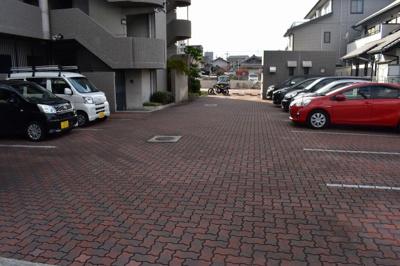 【駐車場】サンローレル