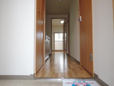 【玄関】ラフィネ弓削