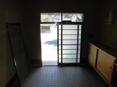 【玄関】大館市白沢字寺ノ沢・中古住宅