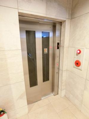 エレベーターになります」 ディアレイシャス本所吾妻橋