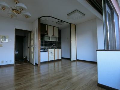 【居間・リビング】ライオンズマンション中央通