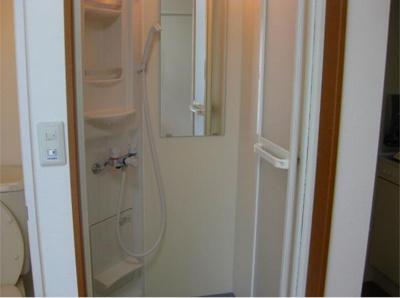 シエスタヒルズのシャワールーム付きの物件です☆