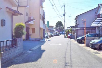 【前面道路含む現地写真】久御山町佐山双置 中古戸建