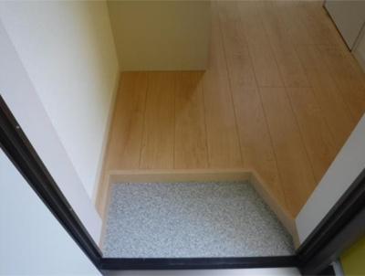 フェリスライリーのゆったりとした玄関です