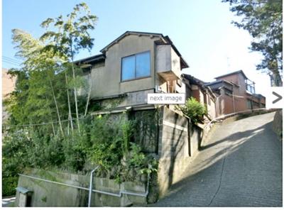 「伊東」駅徒歩6分!落ち着いた街並みのl高台に佇む風情ある和風温泉旅館です。