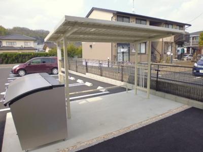 駐輪場、敷地内専用ゴミステーション