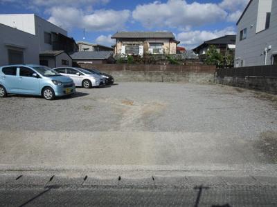 花畑3丁目山田駐車場