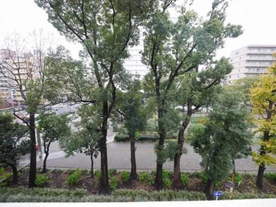 4階バルコニーからの眺望・北西向きです。