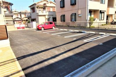 【駐車場】オリーヴ