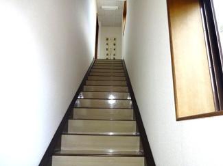 2階から3階へ