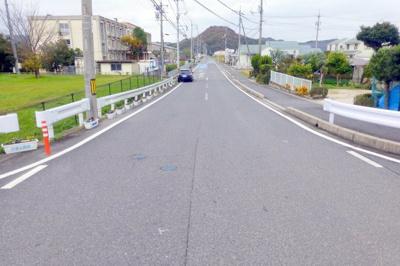 【前面道路含む現地写真】榎原売土地