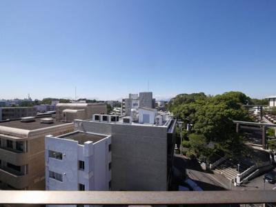 8階バルコニーからの眺望・夕日のあたる西向きです。