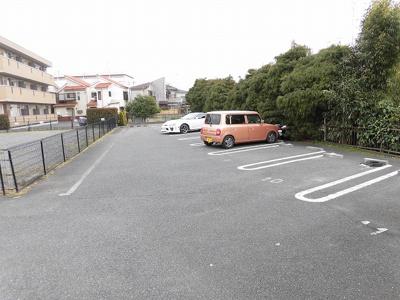 【駐車場】エクセルミドリ