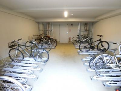 室内駐輪場