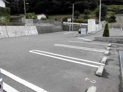 【駐車場】シーサイド・綾波