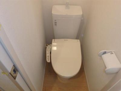フェリスルフレの清潔感のあるトイレです