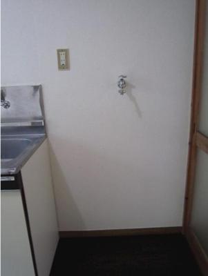 ハウス篠崎10号棟の室内洗濯機置場☆