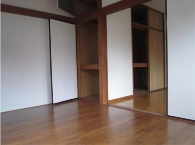 ハウス篠崎10号棟の室内内装☆