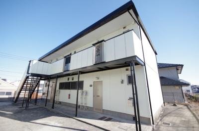 相鉄本線「三ツ境」駅より徒歩11分!閑静な住宅地にある2階建てアパートです♪