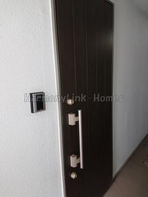 ジュネス千川の収納もある玄関です