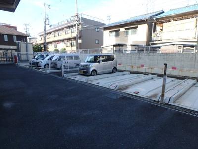 【駐車場】パルテール中小阪