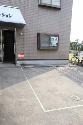 【駐車場】城マンション