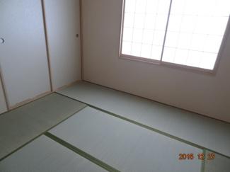 フローリングだけでなく、和室もあります
