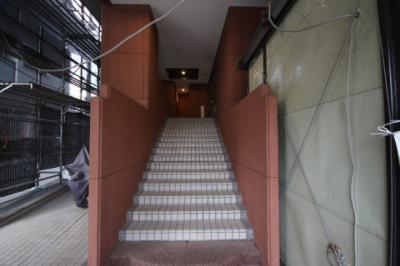 【エントランス】ダイアパレス王子公園