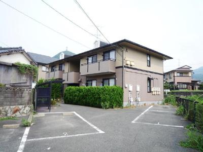 【駐車場】ハイカムール田倉 A棟