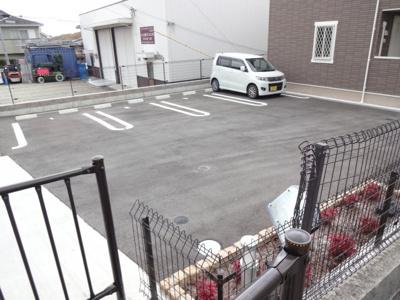【駐車場】カレンデュラ