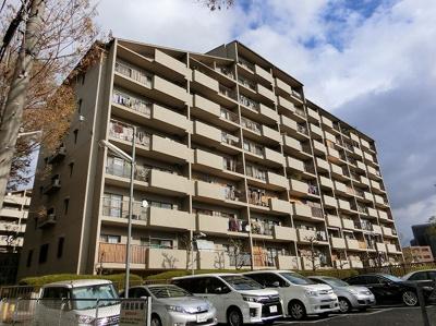 【現地写真】鉄筋コンクリート造の136戸の大型マンション♪