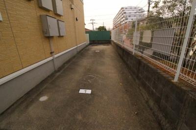 【駐車場】シャルマンヒルズ・イースト