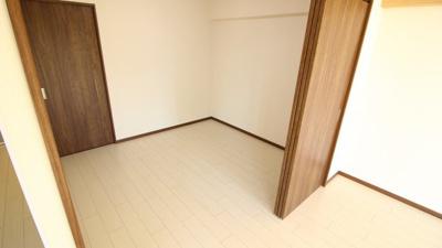 【寝室】ワコーレ長田綜合ビル