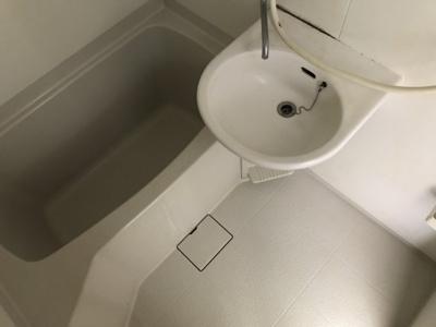 【浴室】里見マンション