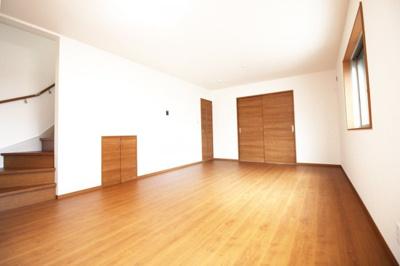 人気のリビング階段で、ご家族の帰宅がすぐにわかります。コミュニケーションも増しますね。